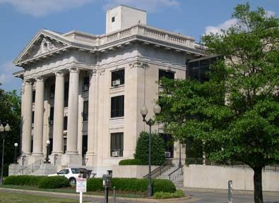 Photo of Courthouse